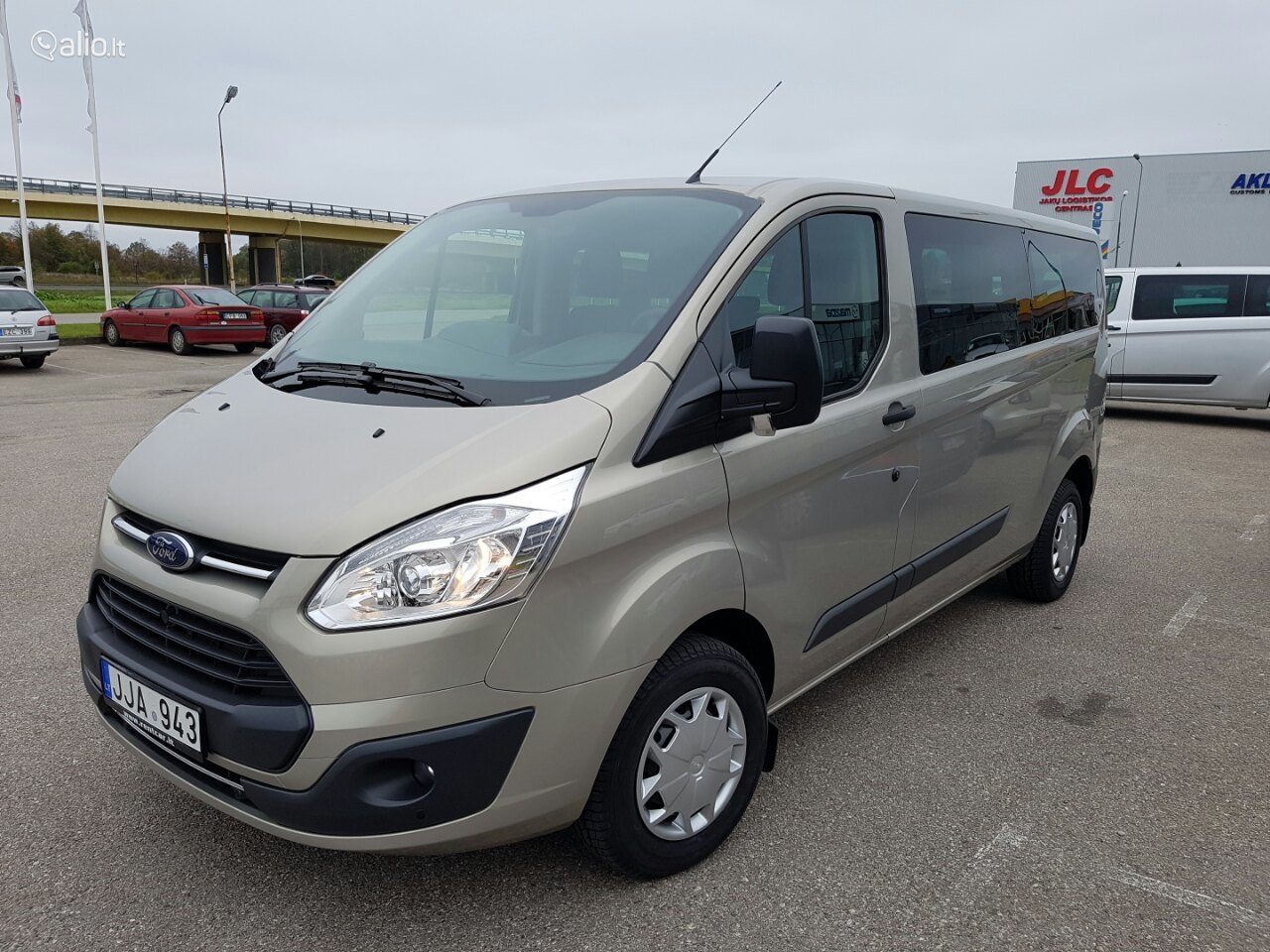 Ford Transit Custom, Vienatūris